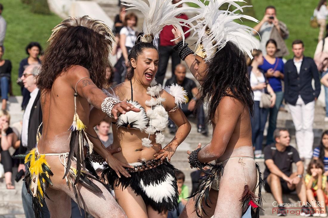 Chile-Rapa Nui-Paris- danse