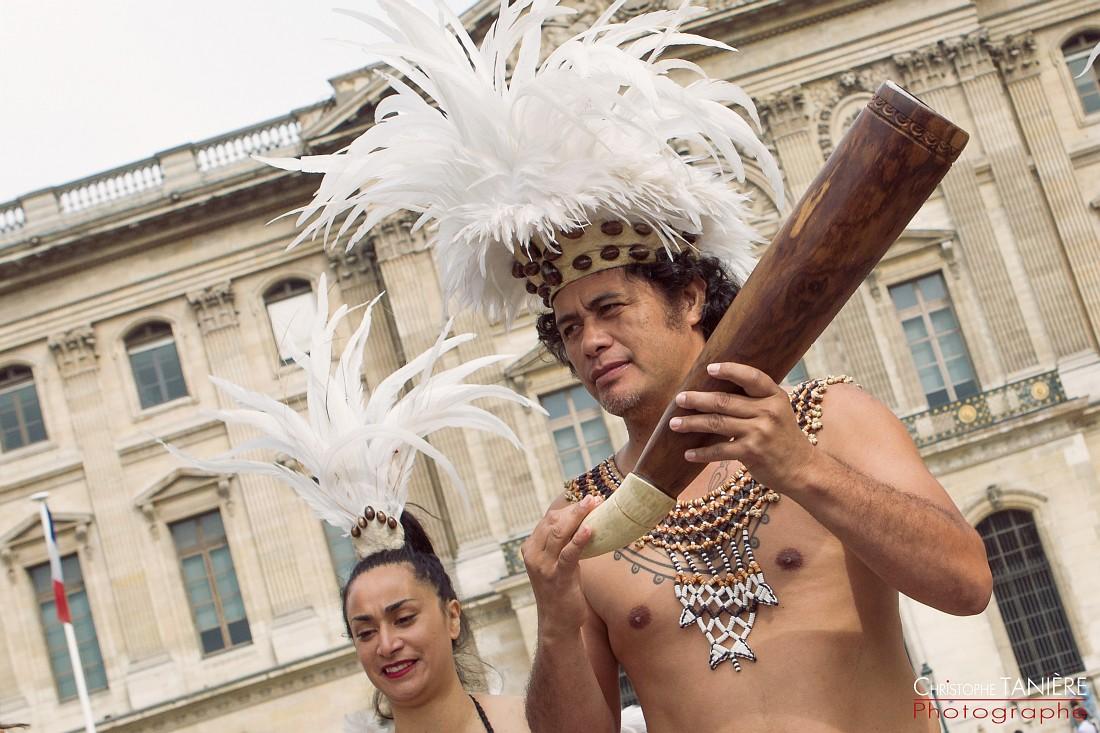 Lynn Rapu-Rapa Nui-Paris-Chile