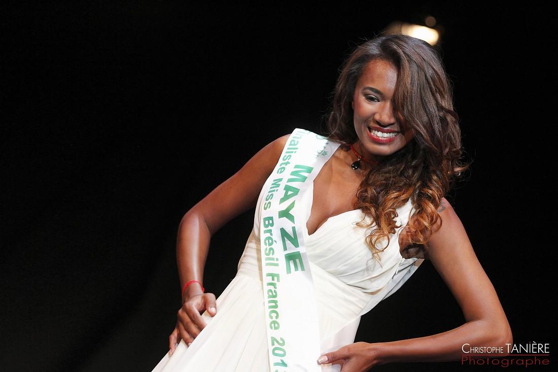 Miss-Bresil-France-Mayze Sousa