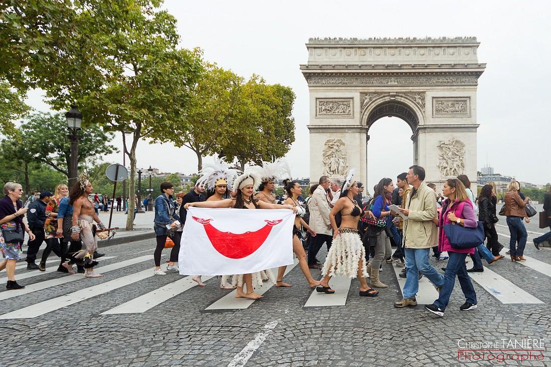 Rapa Nui-Paris-Chile- drapeau