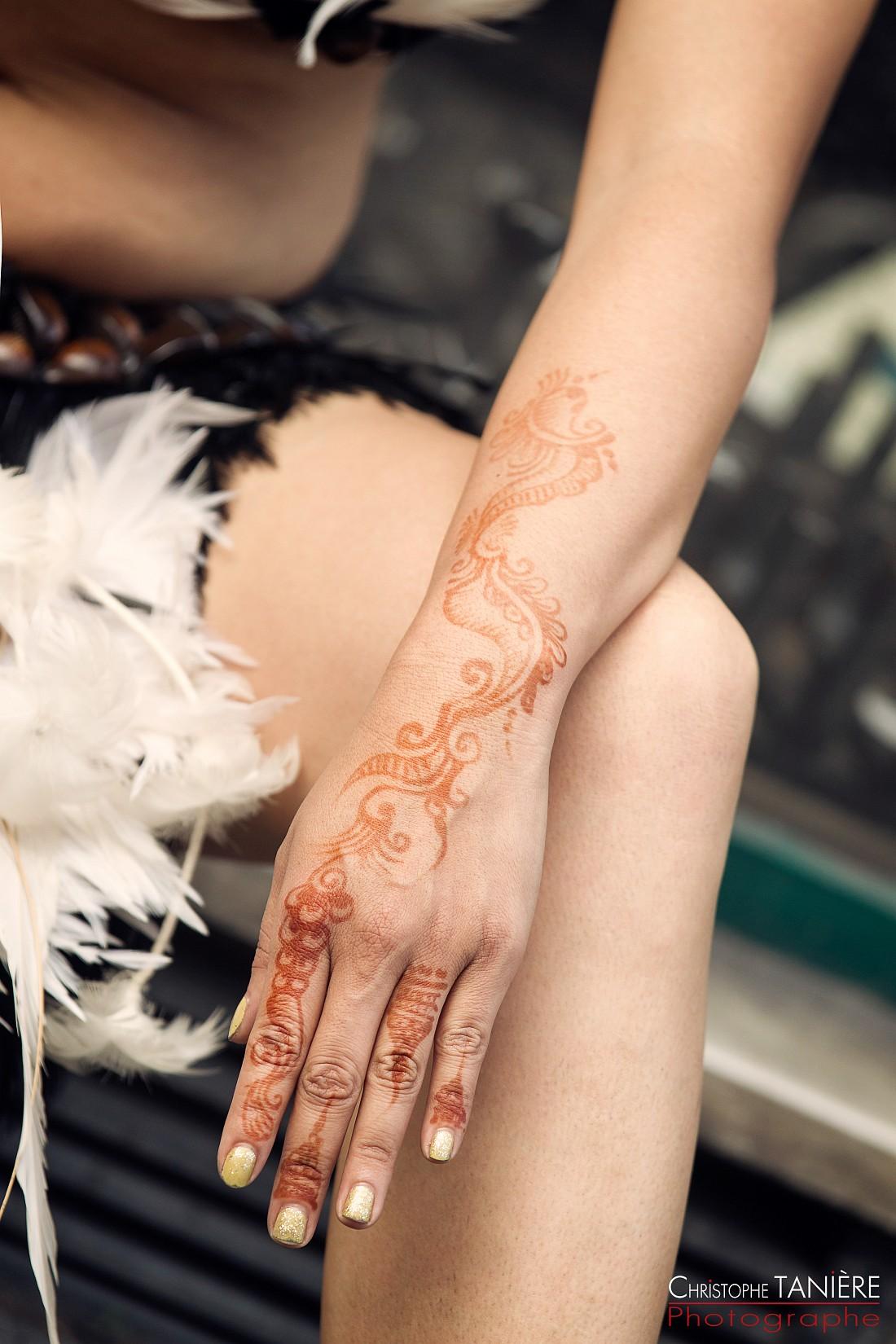 tatouage-main-rapa nui